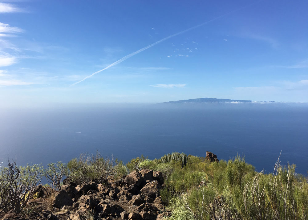 view from the ridge to the neighbor island of La Gomera