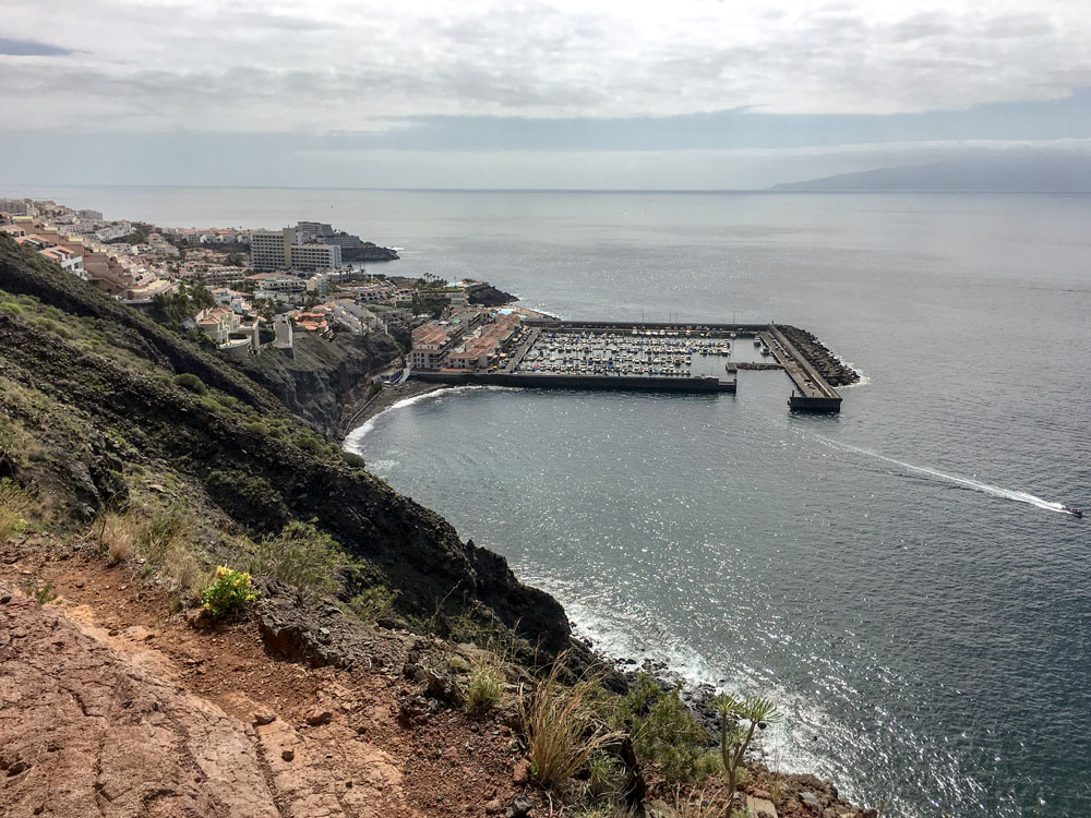 view from the hiking path to the habour of Los Gigantes
