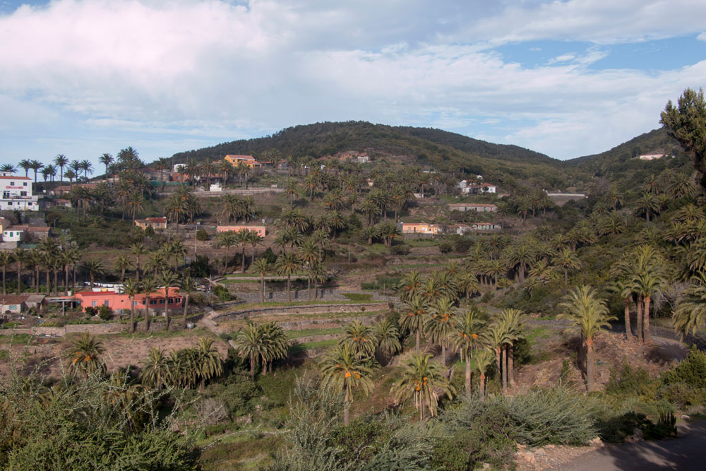 The mountain village of Las Hayas is the starting and finishing point of the hike.
