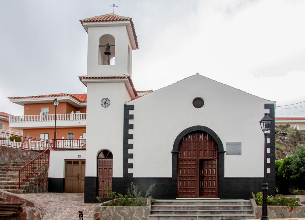 El Molledo church