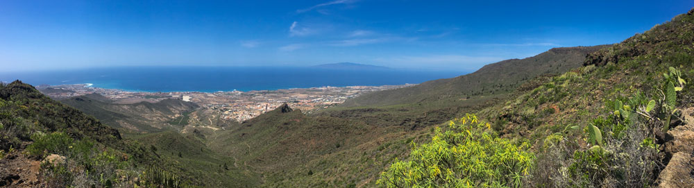 Panorama Adeje with view to La Gomera