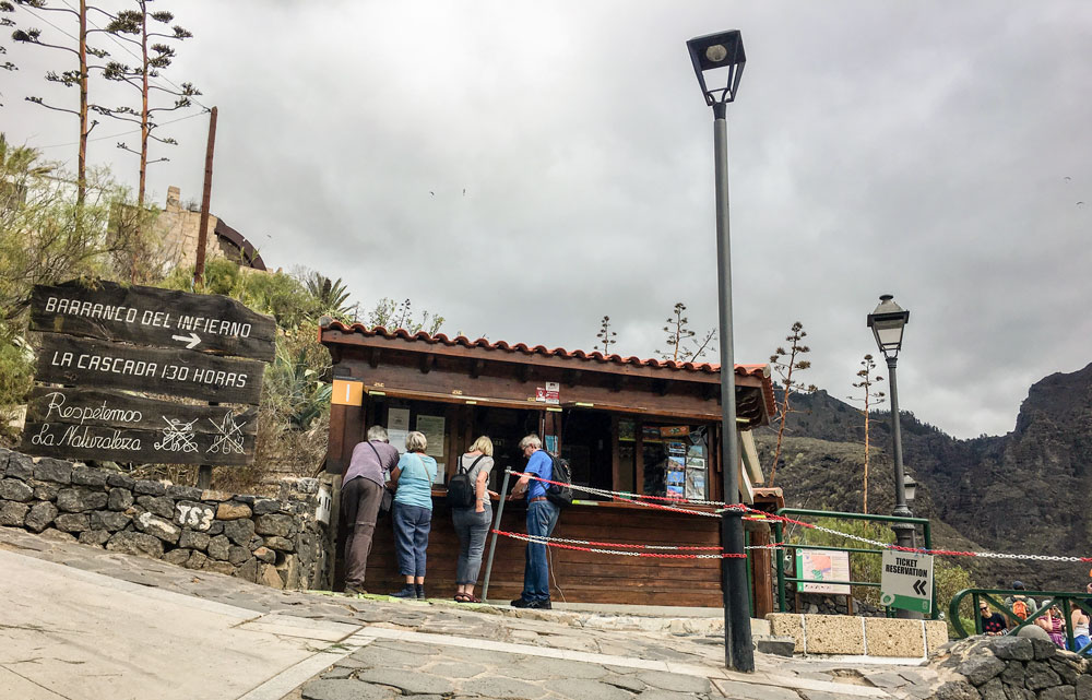 Start Hiking trail at the Entrance of Barranco del Infierno