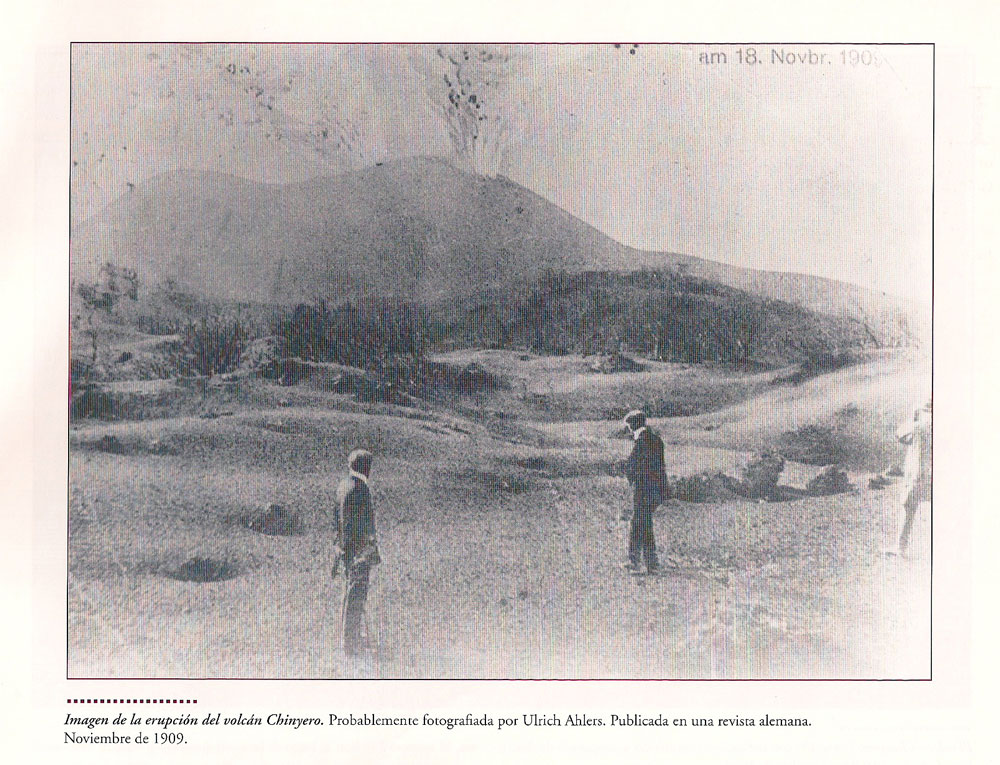 Historic picture from the eruption of Chinyero 1909 - Biblioteca Puerto de Santiago