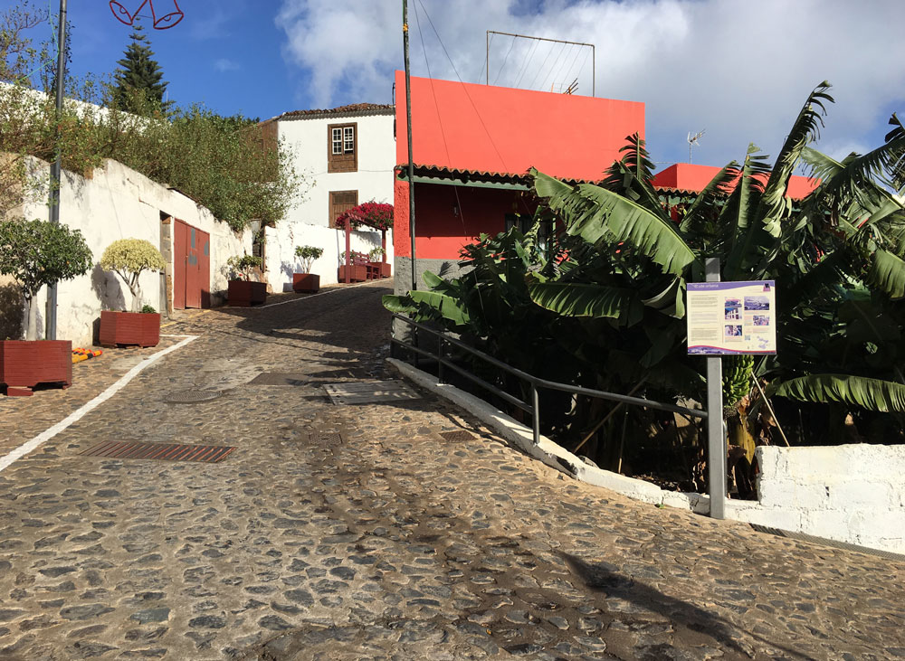 pretty alleys in the small village Agulo