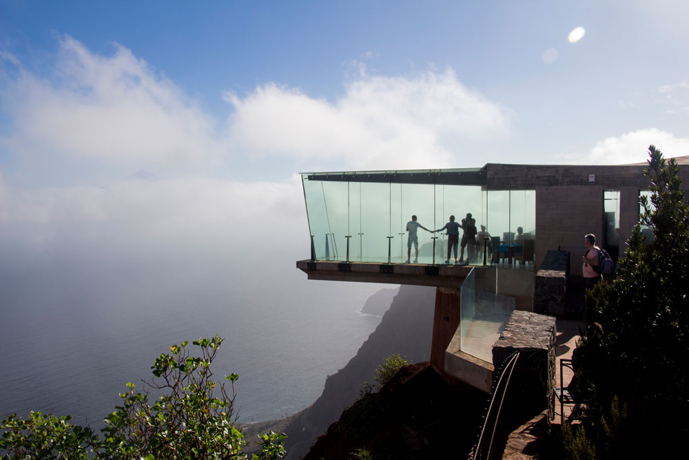 Mirador Abrante - glass sky walk at height