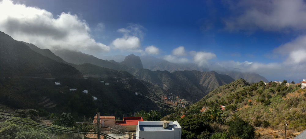View from Tamargada in the Barranco with the Roque El Cano