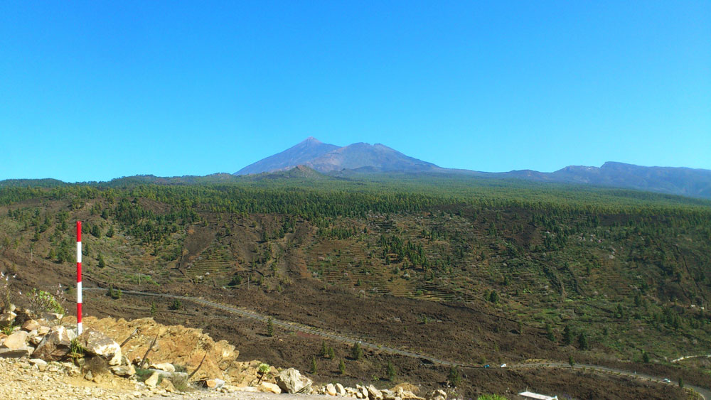 view to the Teide and Pico Viejo