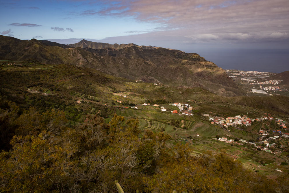 View from the ridgeway to the Atlantic and the north coast of Tenerife