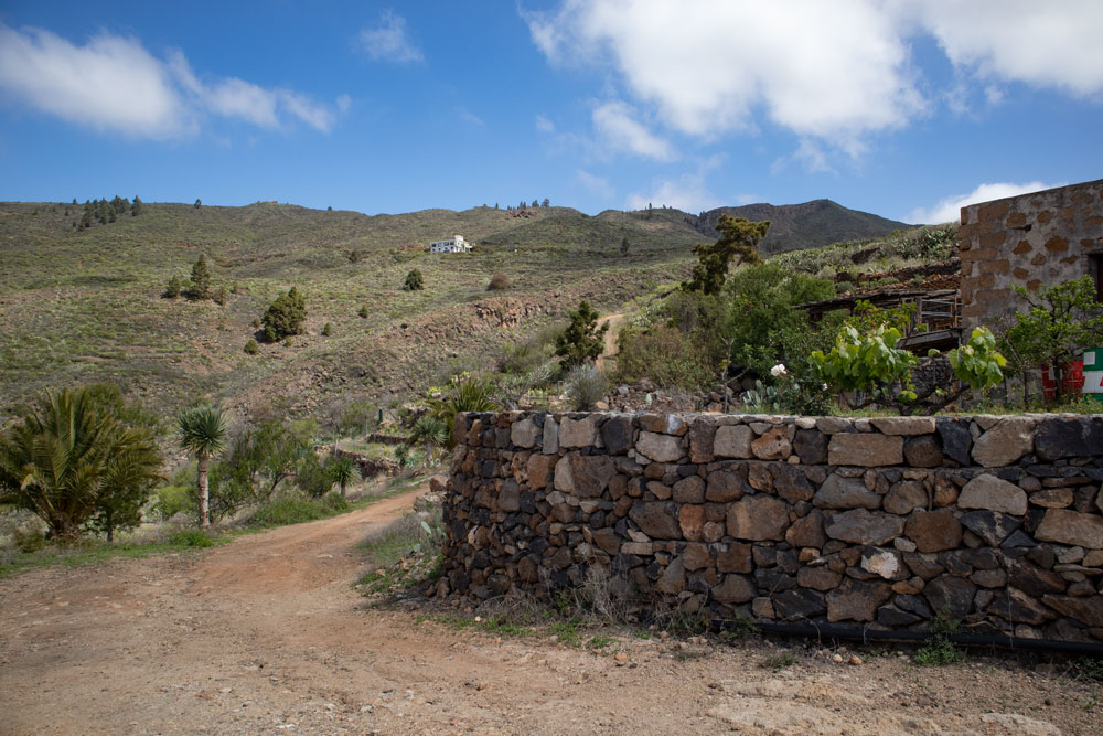 hiking path through Casas Altas