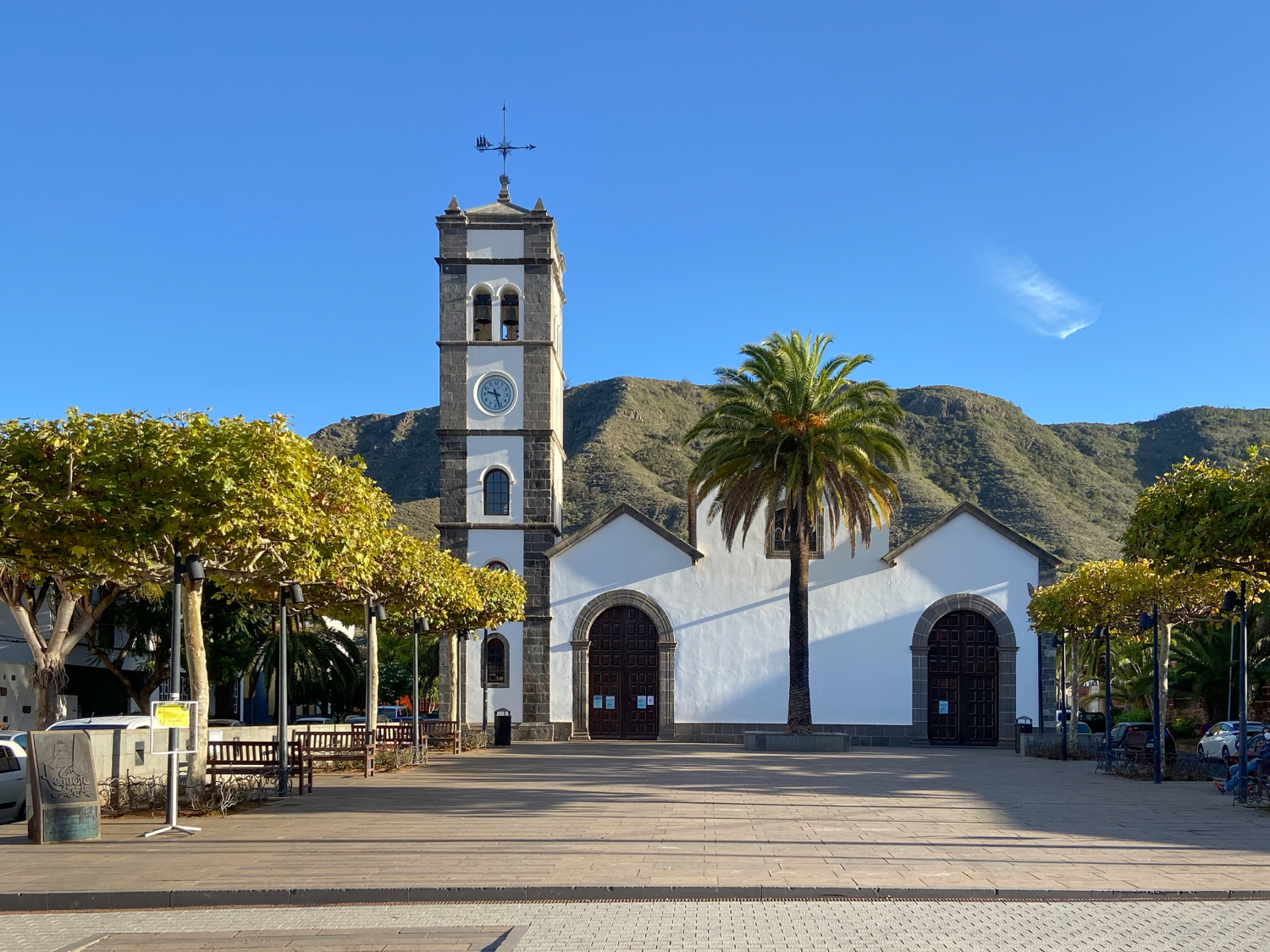 Starting point: Church square (Plaza San Marcos) in Tegueste