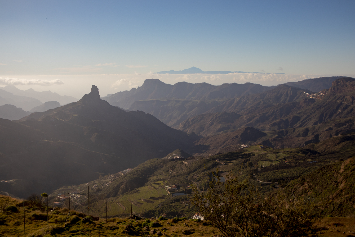 Roque Nublo with Tenerife and Teide
