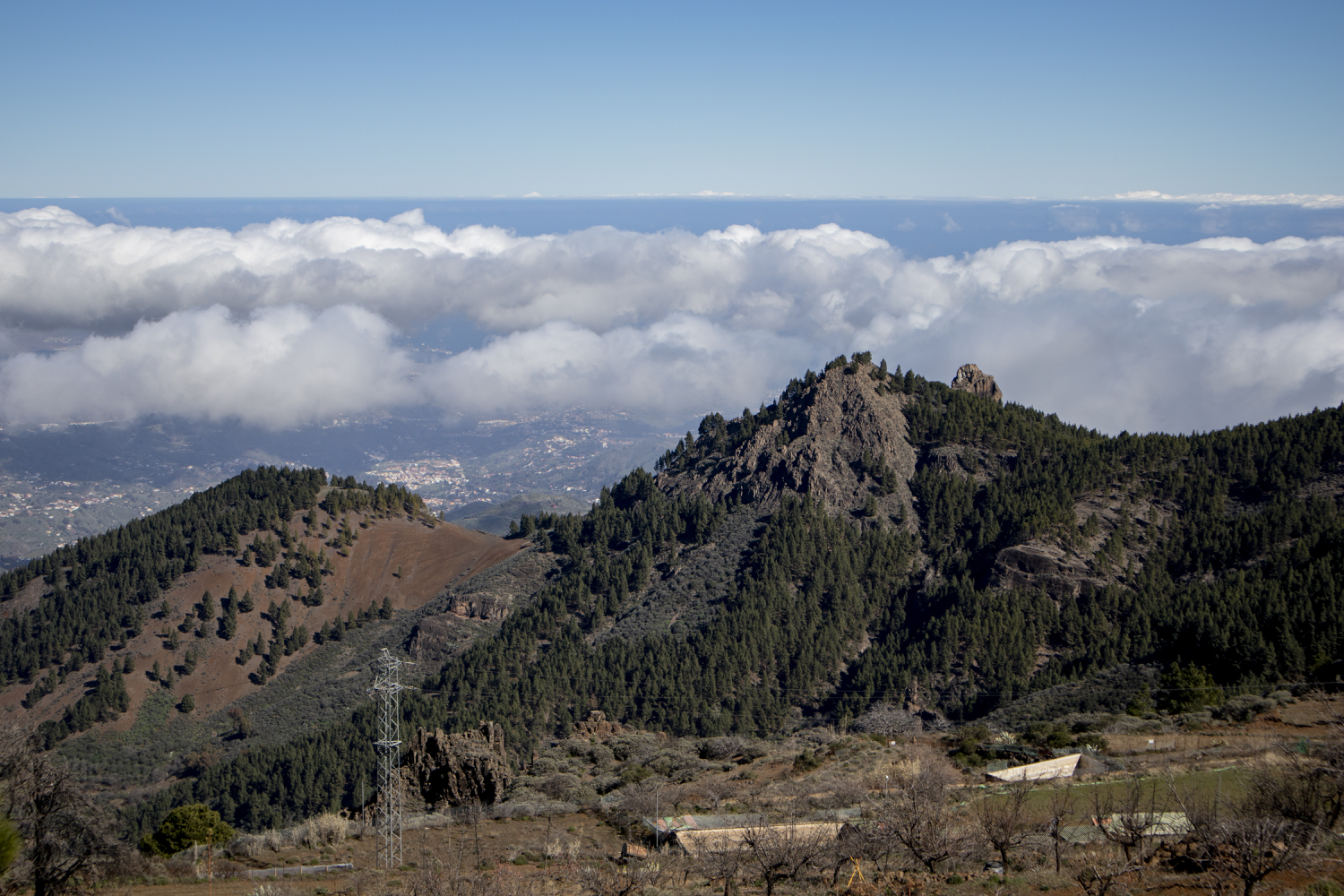 View of the vast landscape of Gran Canaria from the Becerra hiking trail