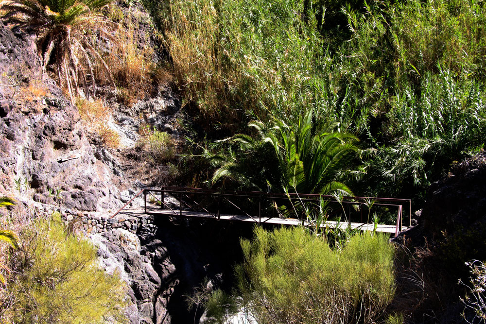 Teno Mountains: A small bridge in the Barranco de Masca - hopefully soon passable again