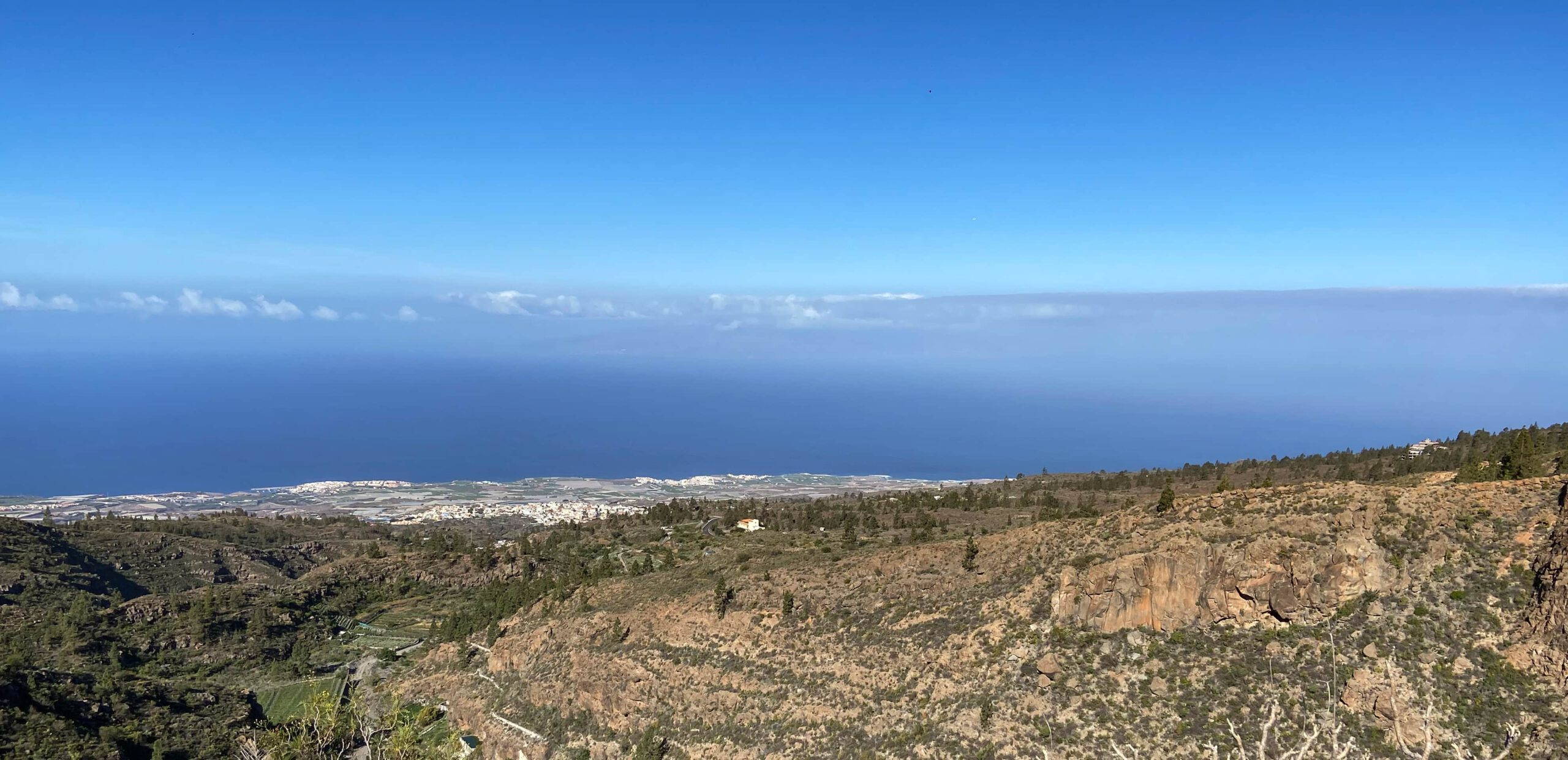 View of the coast and the neighbouring islands of Tenerife from the hiking trail